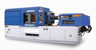 injection-molding-machine-3